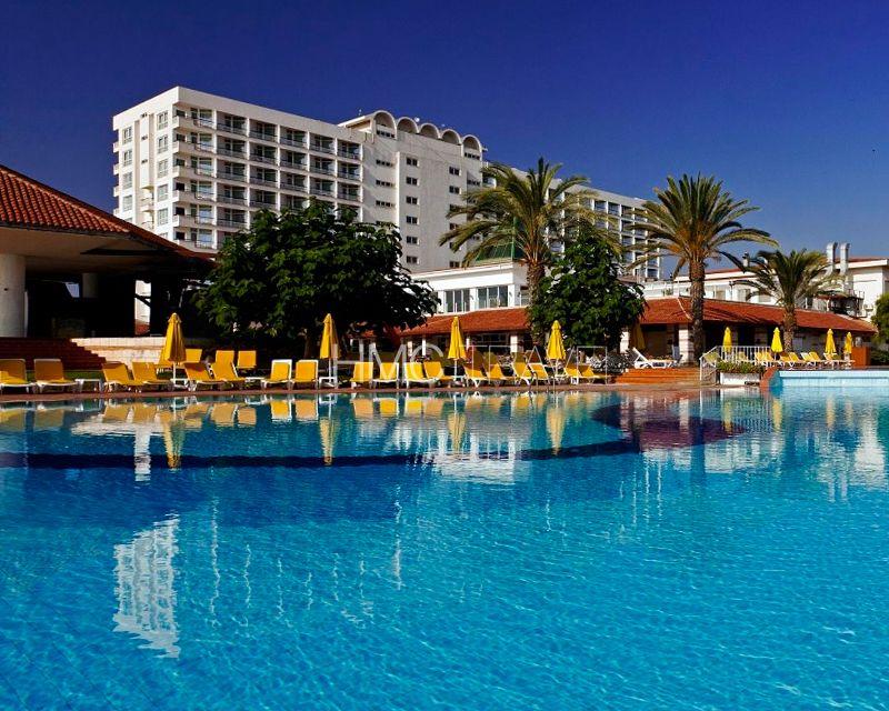 Salamis Bay Conti Resort Hotel és Casino Fotoğrafı