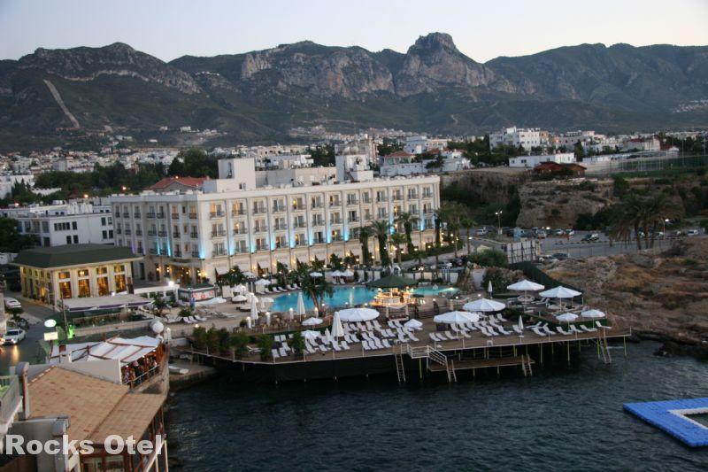 Grand Rocks Hotel Fotoğrafı