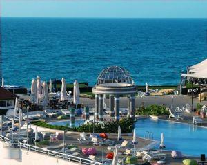 Dome Hotel Fotoğrafı